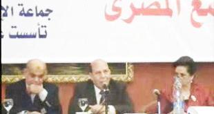 23-11-2013-اللواء-عادل-لبيب-وزير-التنمية-المحلية-1-23